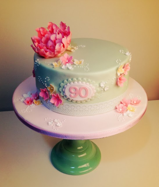 floral-90th-birthday-cake