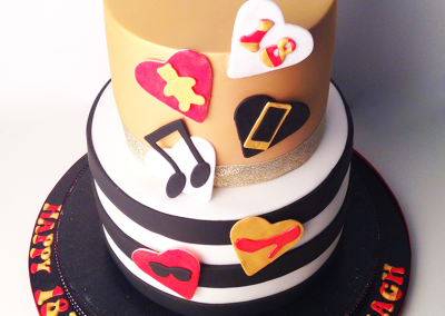 flossiepops_black-white-and-gold-cake
