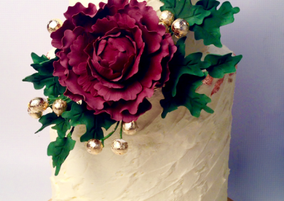 flossiepops_claret-peony-metallic-wedding-cake