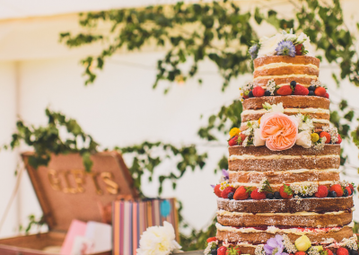rachel-manns-photography_flossiepops_naked-wedding-cake