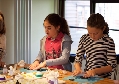 childrens-cupcake-decorating-class-workshop-4