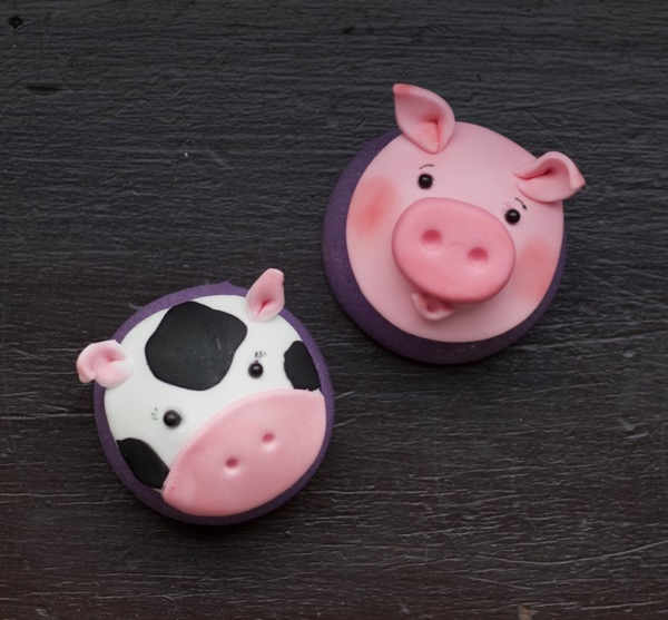 Farmyard themed cupcake toppers